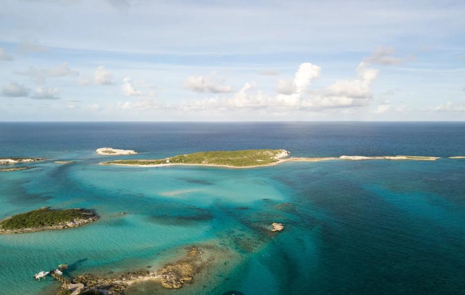 lumber-cay-exuma-cays-exuma-bahamas-ushombi-9