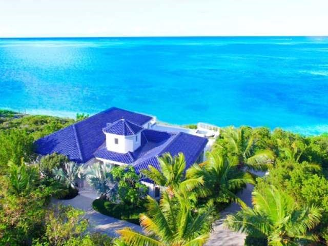 BLUE-MOUNTAIN-WATER-FRONT-Providenciales-TC-Ushombi-3