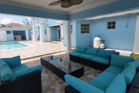 Tropical-Gardens-Nassau-Bahamas-Ushombi-16