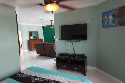 Tropical-Gardens-Nassau-Bahamas-Ushombi-26