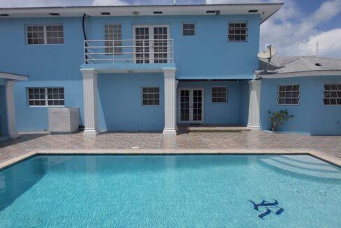 Tropical-Gardens-Nassau-Bahamas-Ushombi-3