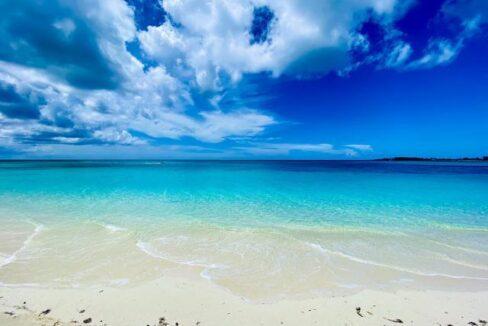 West-Bay-Street-Nassau-Bahamas-Ushombi-11