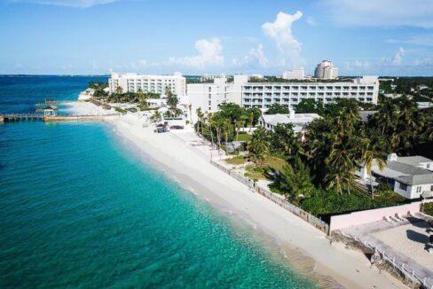 West-Bay-Street-Nassau-Bahamas-Ushombi-17