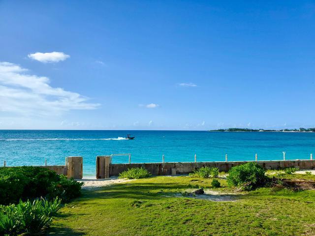 West-Bay-Street-Nassau-Bahamas-Ushombi-3