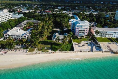 West-Bay-Street-Nassau-Bahamas-Ushombi-7