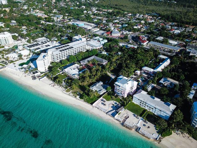 West-Bay-Street-Nassau-Bahamas-Ushombi-9