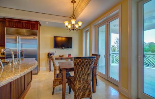 ocean-club-residences-unit-401-paradise-island-bahamas-ushombi-10
