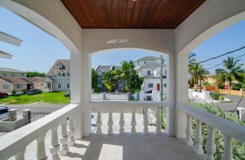 seabeach-estates-townhouse-bahamas-ushombi-19