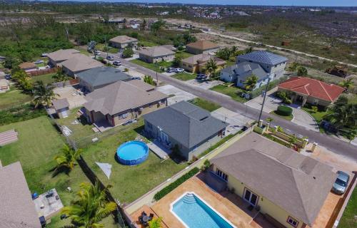 southern-comfort-single-family-home-nassau-bahamas-ushombi-17