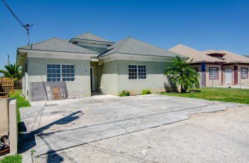 southern-comfort-single-family-home-nassau-bahamas-ushombi-2