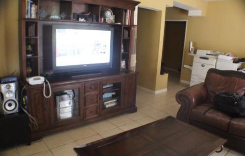 southern-comfort-single-family-home-nassau-bahamas-ushombi-4