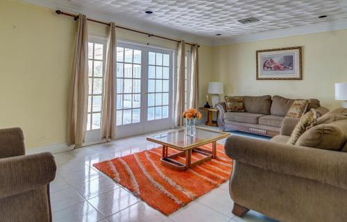 yamacraw-beach-estates-home-nassau-bahamas-ushombi-5