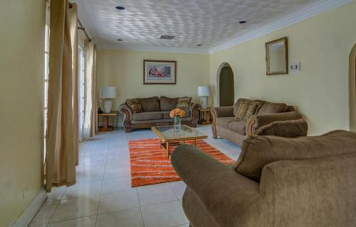 yamacraw-beach-estates-home-nassau-bahamas-ushombi-6