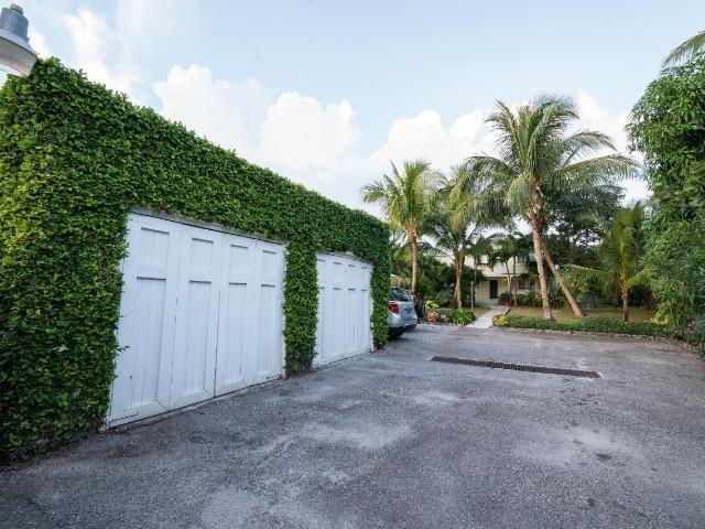 262-Eastern-Road-New-Providence-Paradise-Island-Bahamas-Ushombi-16