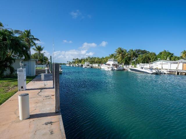 262-Eastern-Road-New-Providence-Paradise-Island-Bahamas-Ushombi-21