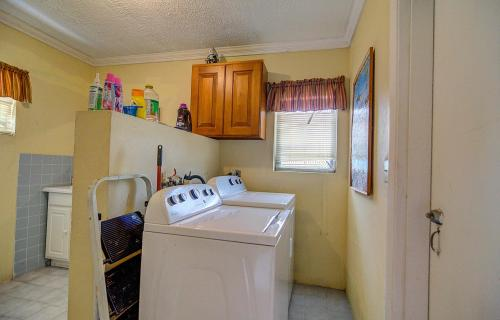 single-family-home-lot-269-fox-hill-road-south-bahamas-ushombi-14