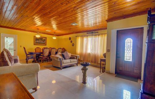 single-family-home-lot-269-fox-hill-road-south-bahamas-ushombi-5