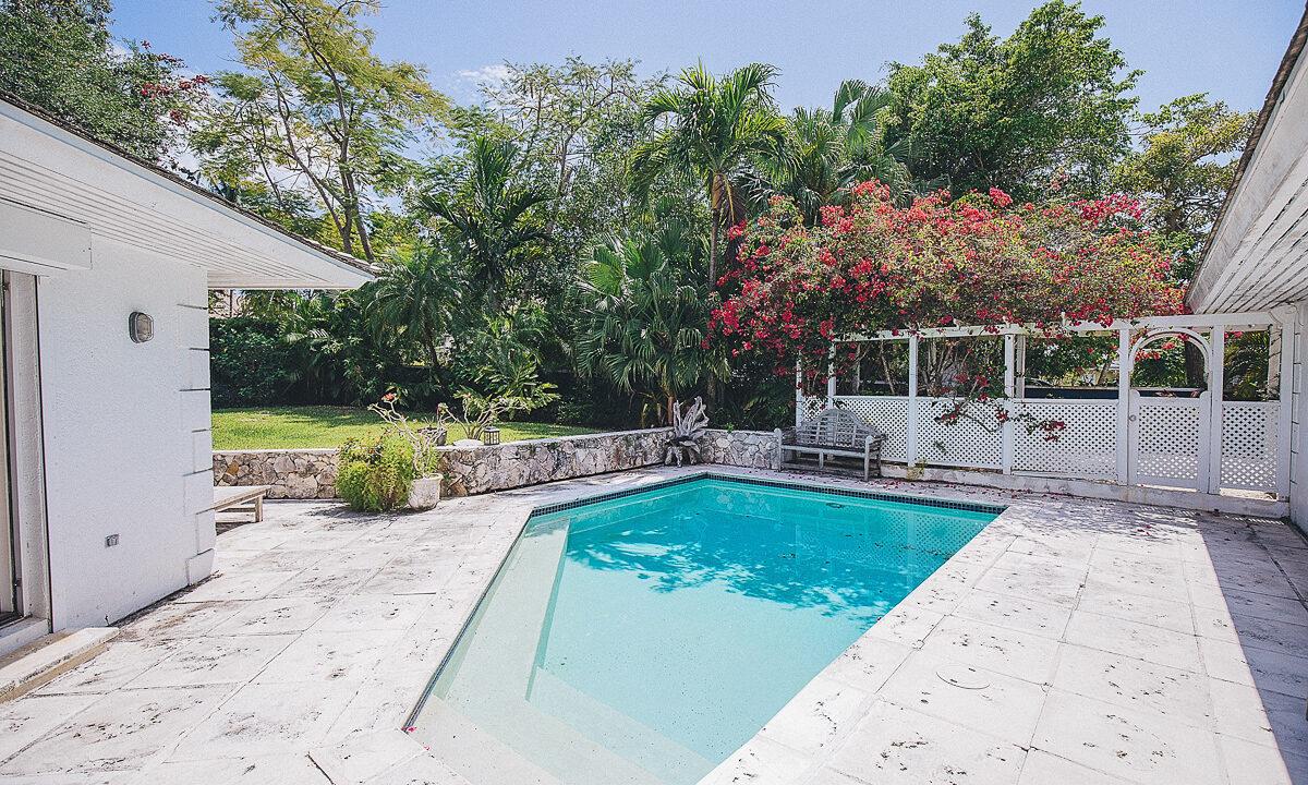 Fox-N-Prince-Lyford-Cay-Bahamas-Ushombi-13