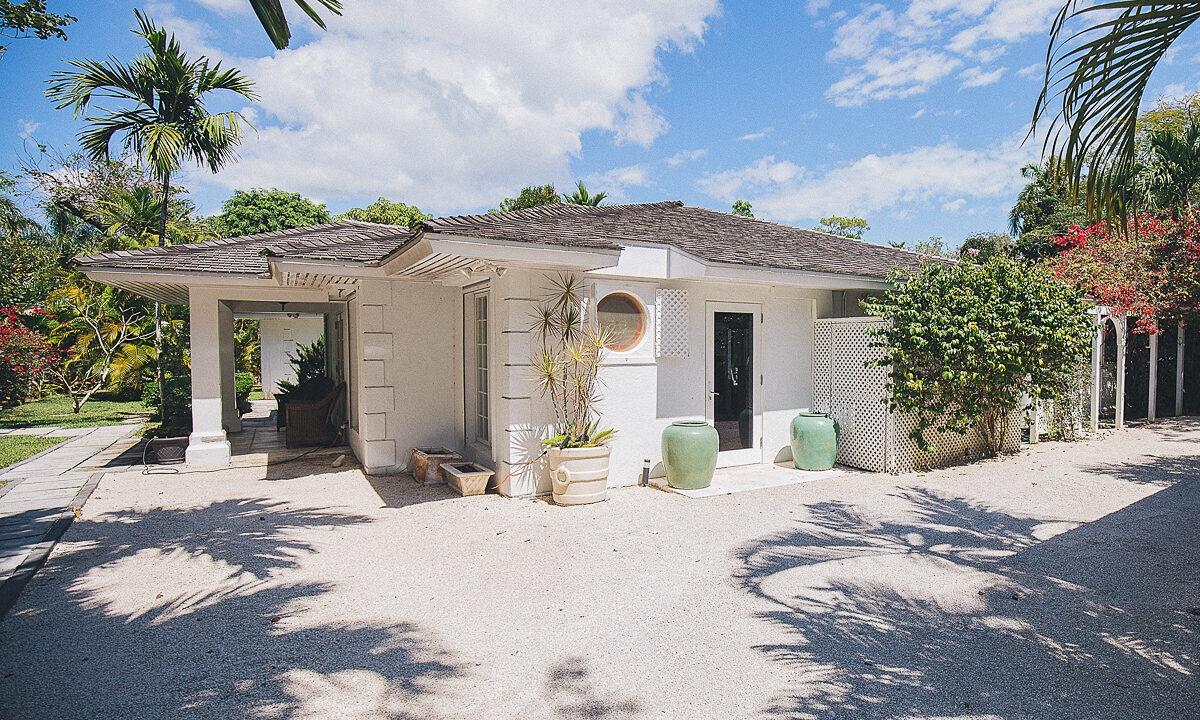 Fox-N-Prince-Lyford-Cay-Bahamas-Ushombi-20