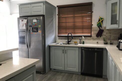 Jean-Court-Modern-Apartment-Diego-Martin-Trinidad-and-Tobago-Ushombi-6