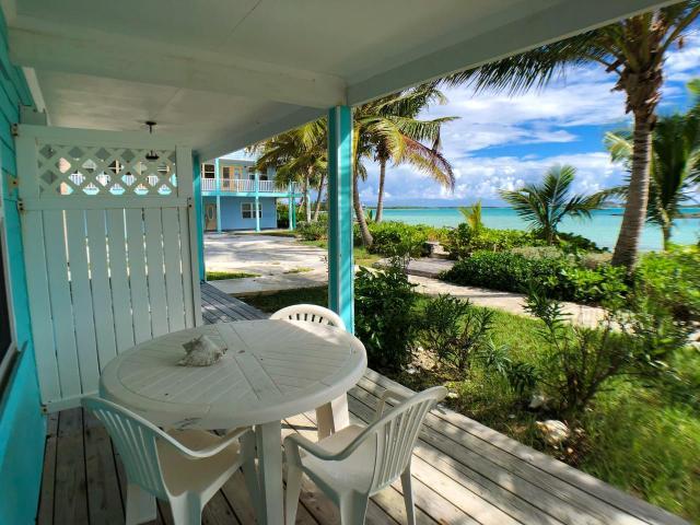 QUEENS-HIGHWAY-Villa-33-Exuma--Exuma-Cays-Bahamas-Ushombi-10