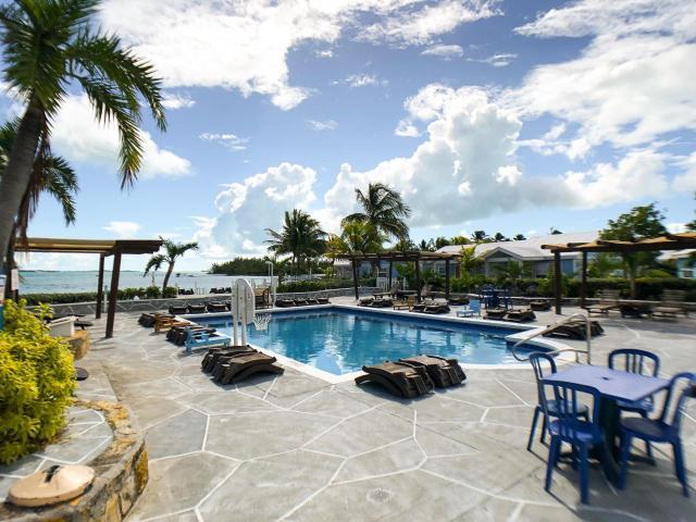 QUEENS-HIGHWAY-Villa-33-Exuma--Exuma-Cays-Bahamas-Ushombi-13