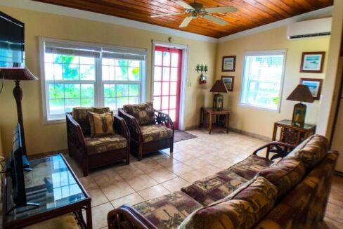 QUEENS-HIGHWAY-Villa-33-Exuma--Exuma-Cays-Bahamas-Ushombi-3