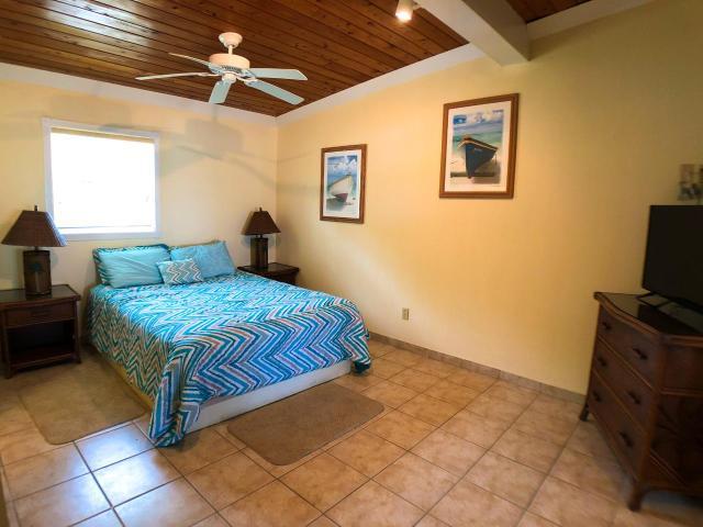 QUEENS-HIGHWAY-Villa-33-Exuma--Exuma-Cays-Bahamas-Ushombi-6