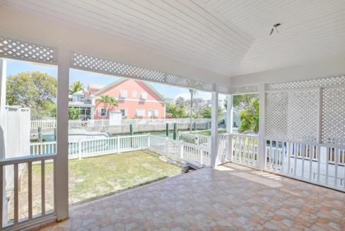 Renovated-Sandyport-Townhome-Nassau-Bahamas-Ushombi-22
