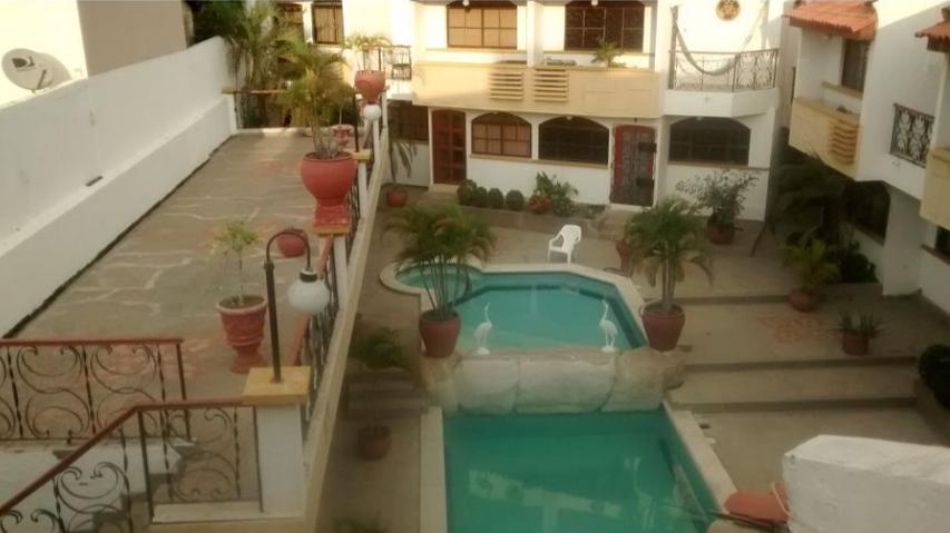 Rodadero-Large-Home-Santa-Marta-Colombia-Ushombi-10