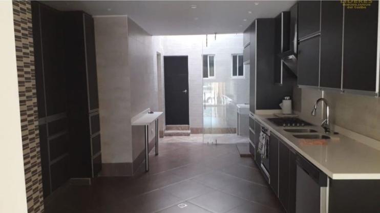 Rodadero-Luxury-Home-Santa-Marta-Colombia-Ushombi-5