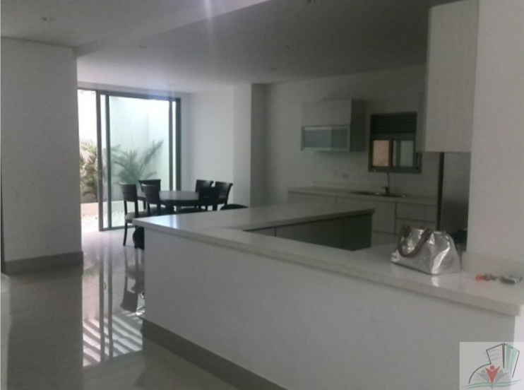 Rodadero-Modern-House-Santa-Marta-Colombia-Ushombi-3