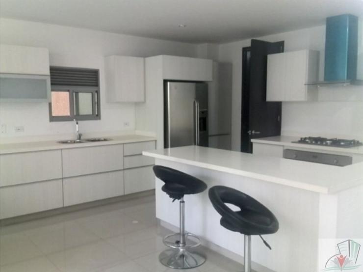 Rodadero-Modern-House-Santa-Marta-Colombia-Ushombi-4