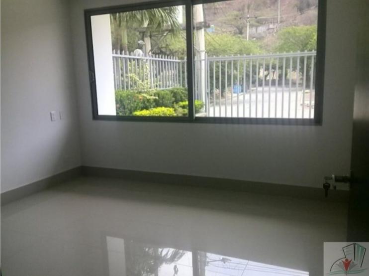 Rodadero-Modern-House-Santa-Marta-Colombia-Ushombi-5