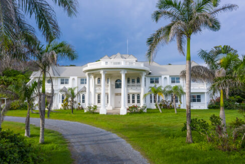 Tropical-Dream-Estate-Roatan-Island-Honduras-Ushombi-1