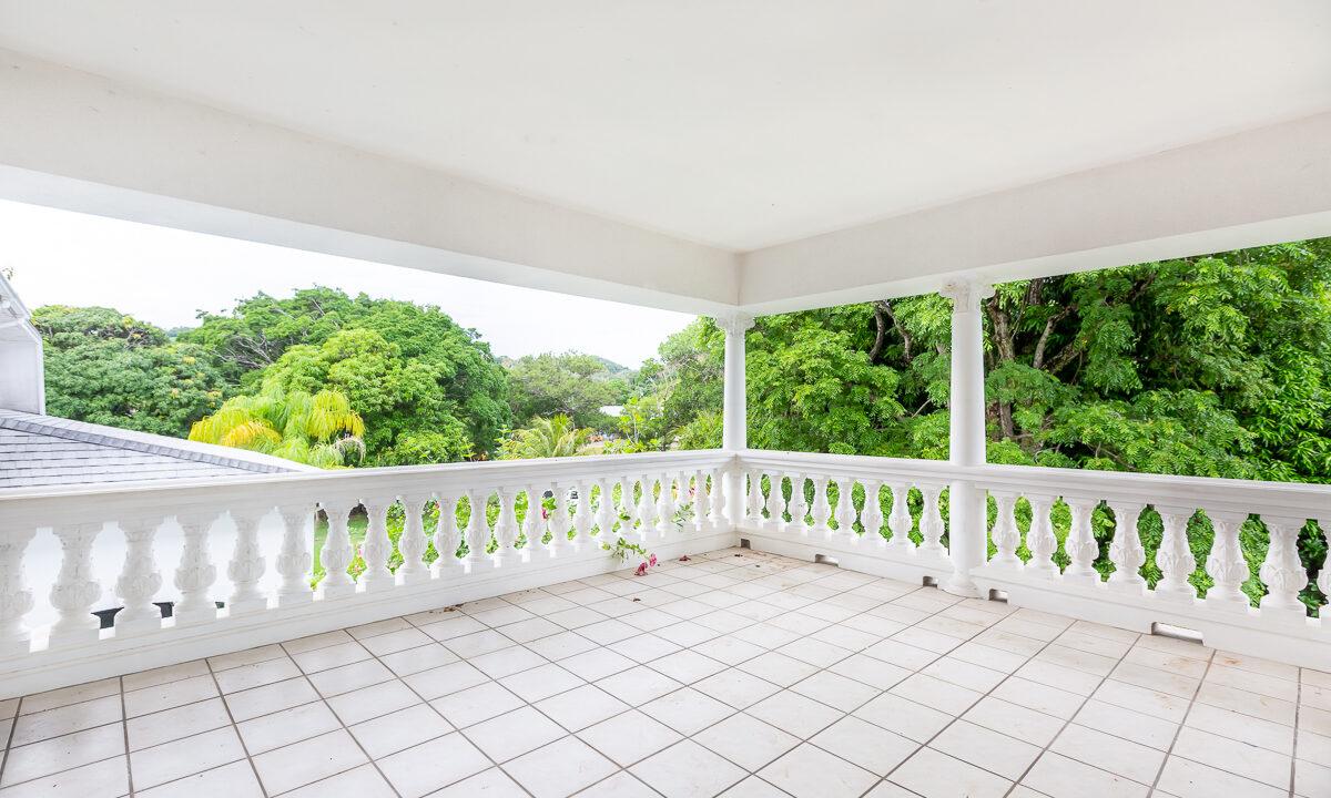 Tropical-Dream-Estate-Roatan-Island-Honduras-Ushombi-6