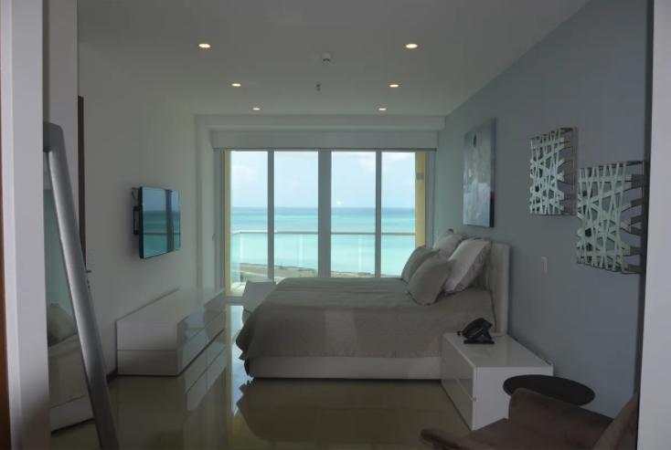 je-irausquin-boulevard-blue-residences-eagle-beach-aruba-ushombi-11