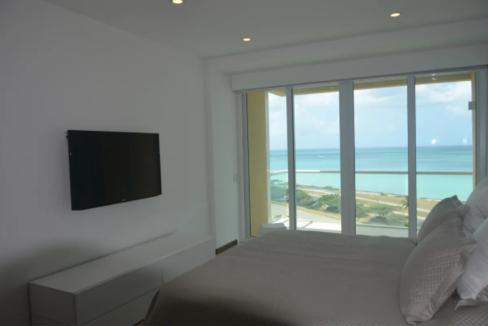 je-irausquin-boulevard-blue-residences-eagle-beach-aruba-ushombi-12