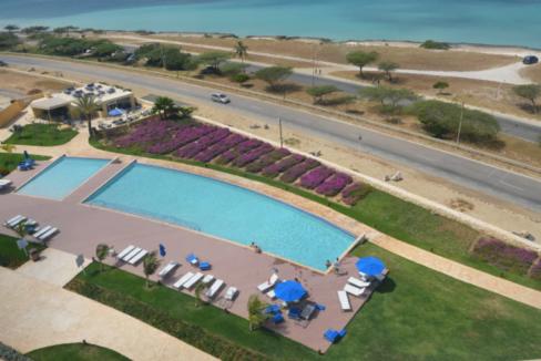 je-irausquin-boulevard-blue-residences-eagle-beach-aruba-ushombi-14