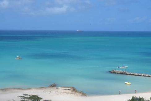 je-irausquin-boulevard-blue-residences-eagle-beach-aruba-ushombi-15