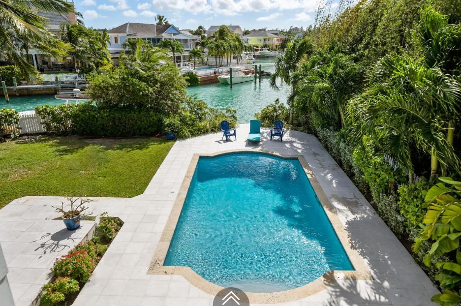 12-sand-dollar-sandyport-cable-beach-nassau-bahamas-ushombi-17
