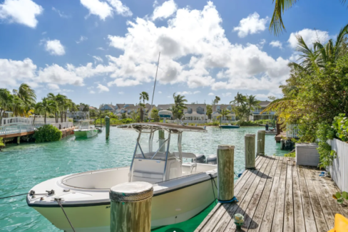 12-sand-dollar-sandyport-cable-beach-nassau-bahamas-ushombi-4