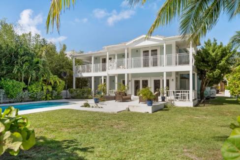 12-sand-dollar-sandyport-cable-beach-nassau-bahamas-ushombi-5