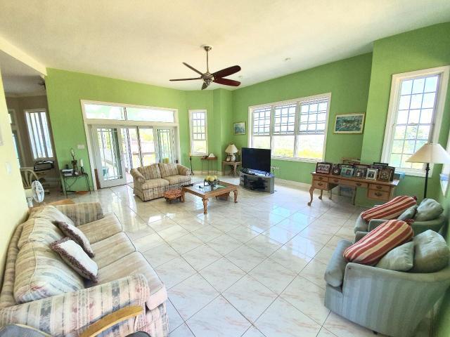 4-bedroom-house-for-sale-in-portland-jamaica-ushombi-13