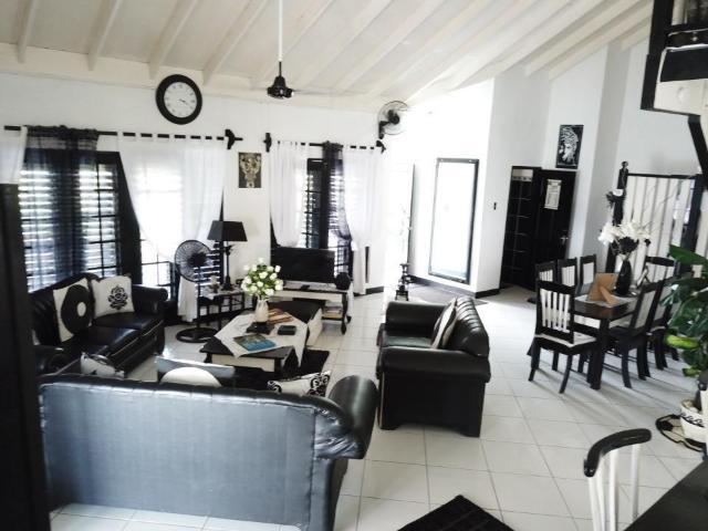 8-bedroom-apartment-villa-for-sale-in-portland-jamaica-ushombi-2