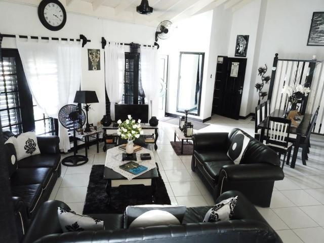 8-bedroom-apartment-villa-for-sale-in-portland-jamaica-ushombi-3