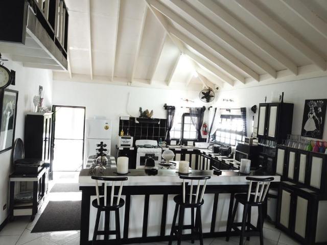 8-bedroom-apartment-villa-for-sale-in-portland-jamaica-ushombi-4