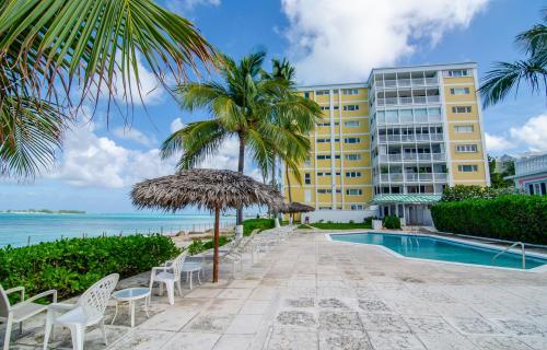 conchrest-unit-1b-nassau-bahamas-ushombi-2