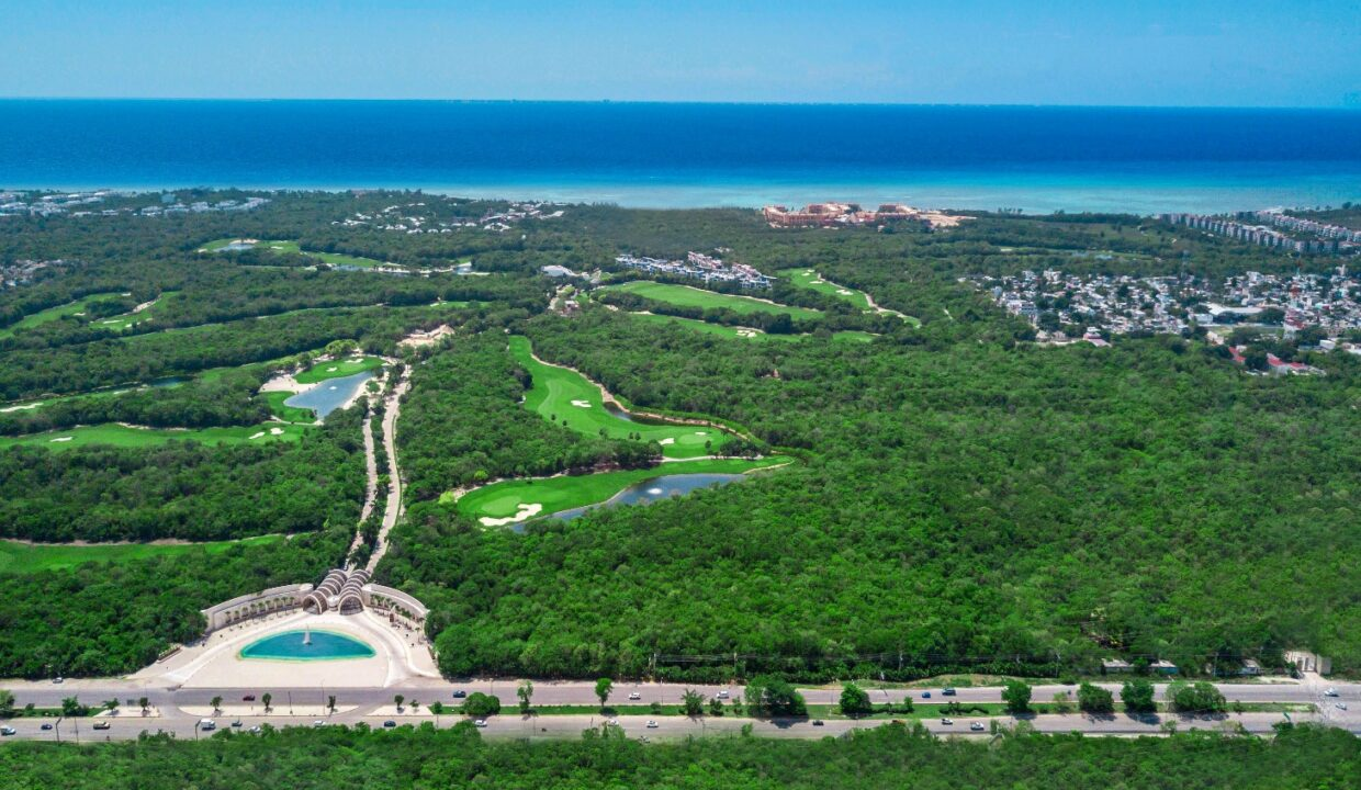 nick-price-condos-with-golf-course-and-private-beach-in-gated-community-playa-del-carmen-mexico-ushombi-5