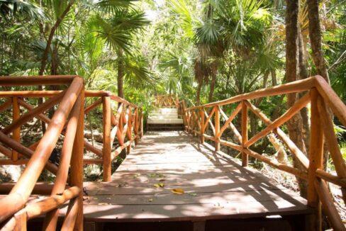 senderos-lots-in-sustainable-gated-community-playa-del-carmen-mexico-ushombi-1